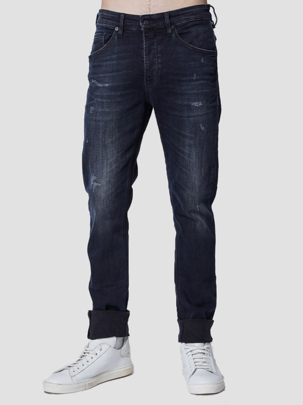 Sapphire Tapered Slim Fit