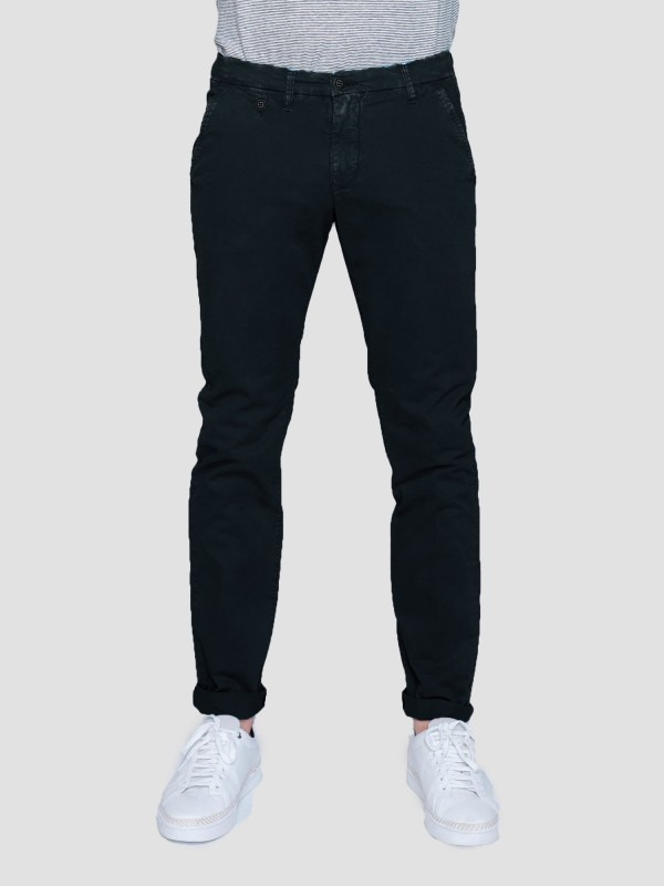 Culton Regular Slim Fit Chinos