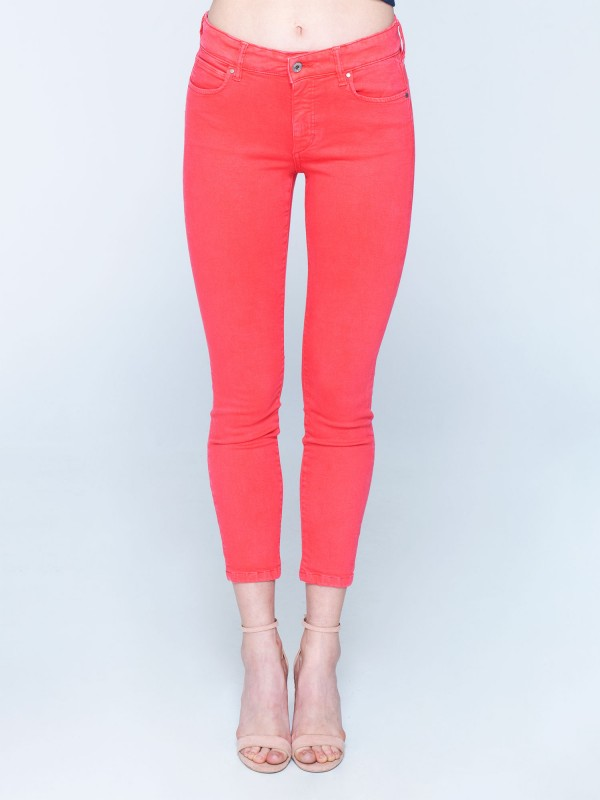 Sandra Skinny Mid Rise Cropped Fit