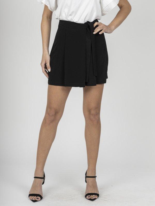 Amelia Wmn Shorts