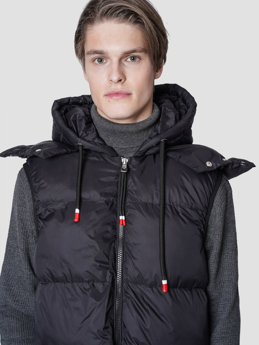 Darius Man Sleeveless Jacket
